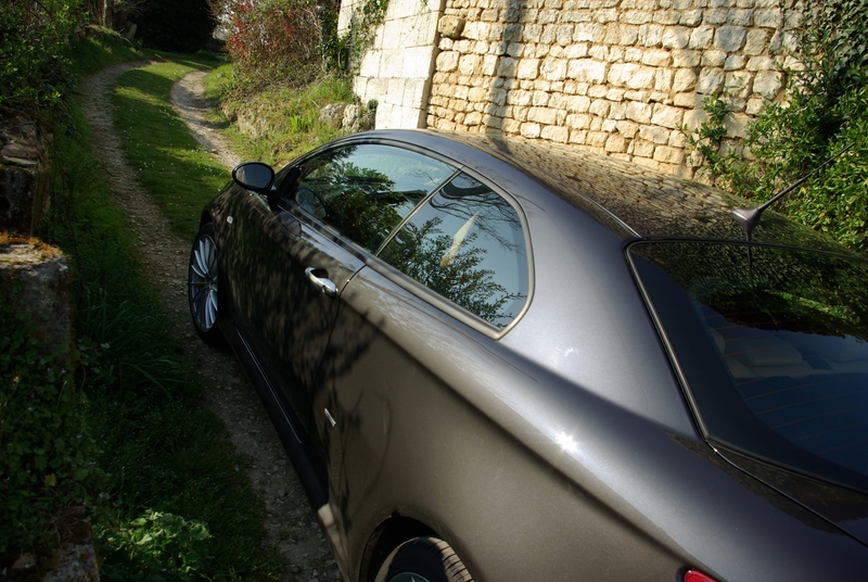 Alfa Romeo GT 3.2 Image1858
